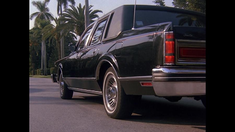 Also: hello pretty car